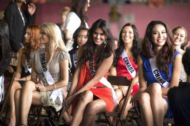 Foto Miss Universe Colombia 2011 Catalina Robayo Vargas Tanpa Celana Dalam